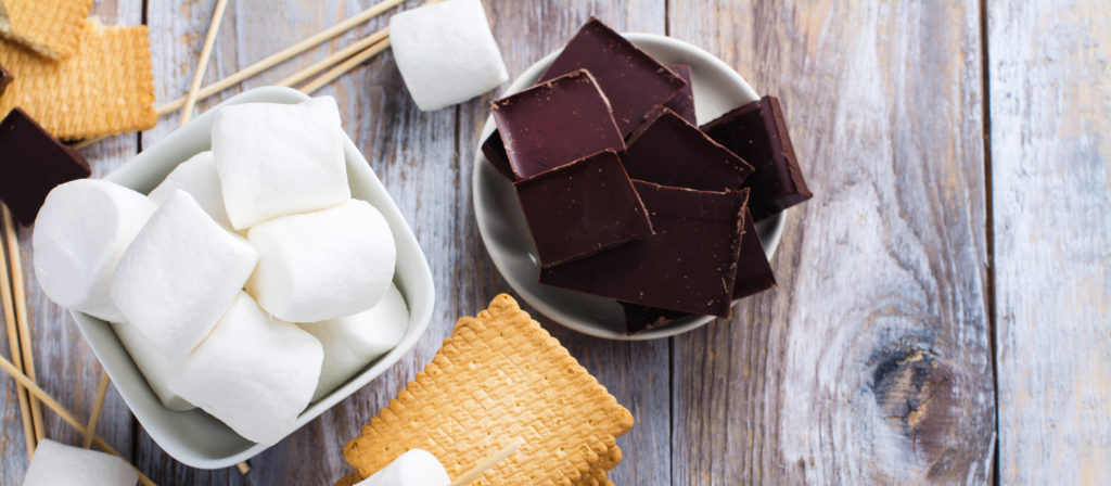 Want to know how to plan a bonfire night party? Supply S'mores.