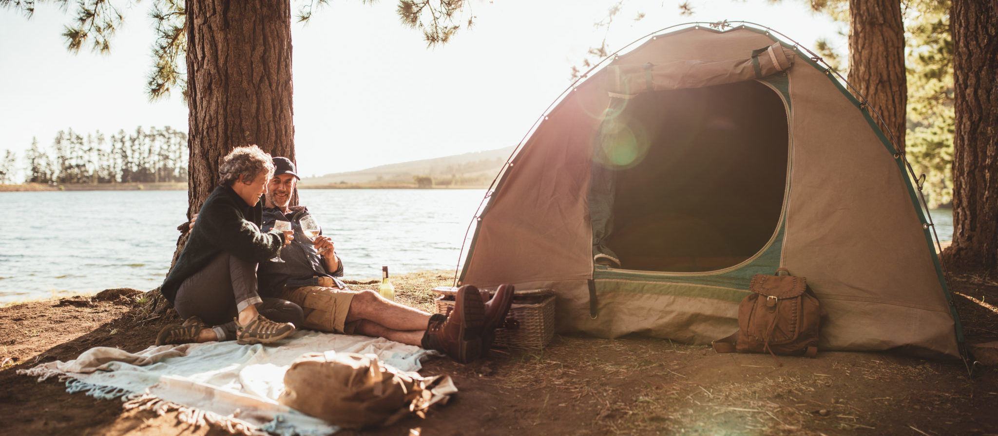 A camping trip is one of the most fantastic ways to spend some quality time with a loved one.